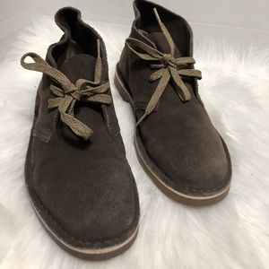 CLARKS Genuine Brown suede CHUKKA Ankle Boots
